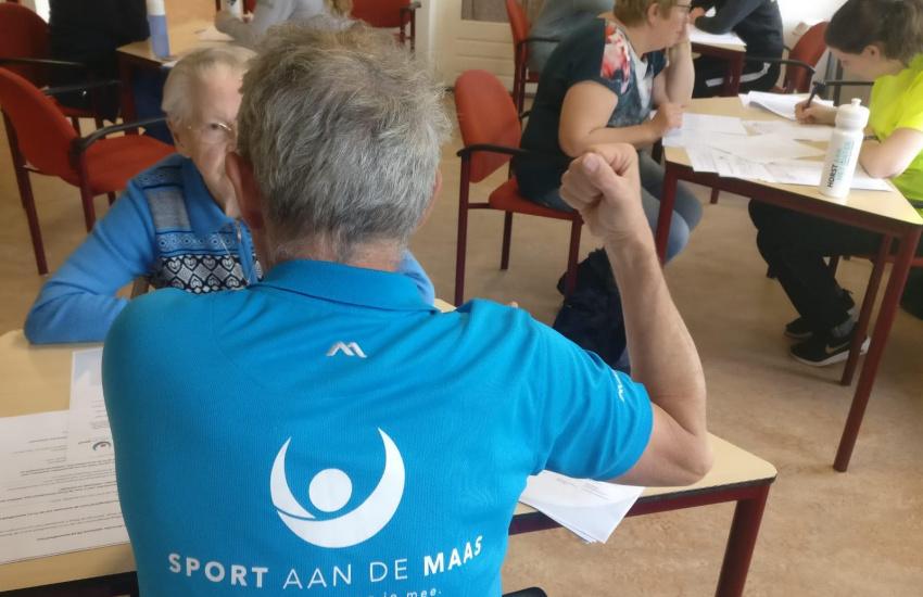 Beweegcoach Sport aan de Maas die ouderen in beweging brengt